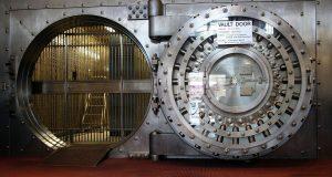 vault door symbolizing players who wont break the bank