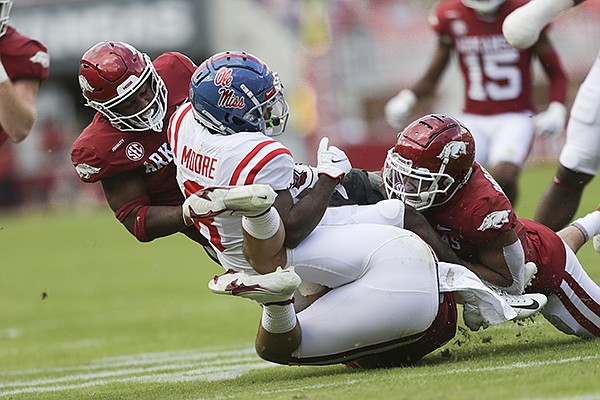 This image has an empty alt attribute; its file name is Elijah-Moore-WholeHogSports.jpg